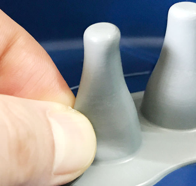 足指ユニットはゴムのカバーで包まれているので痛みは少ない