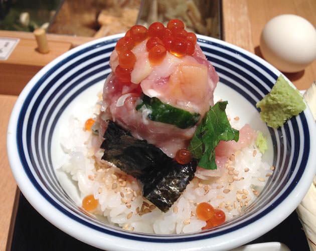 日本橋ランチ:つじ半の海鮮丼を並ばずに食べられる!コレド室町の金子半之助がお薦め
