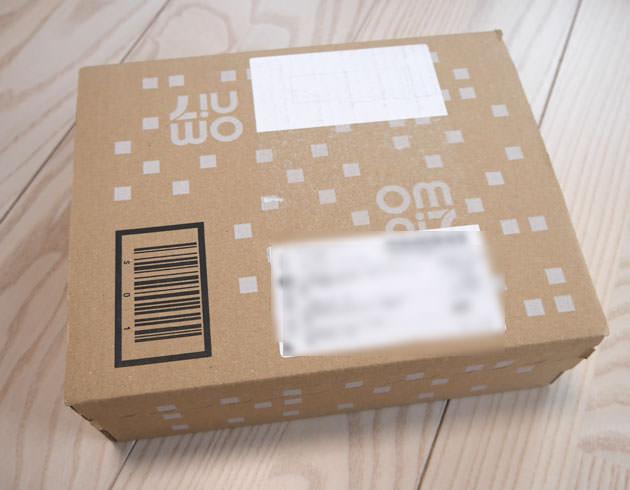 ロフトネットストアから届いた パッケージはOMNI7のダンボール