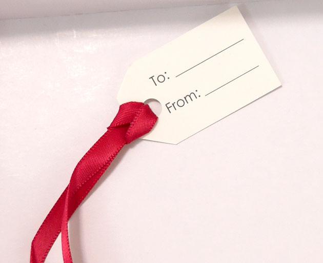 贈る相手の名前を記入できるタグ付き
