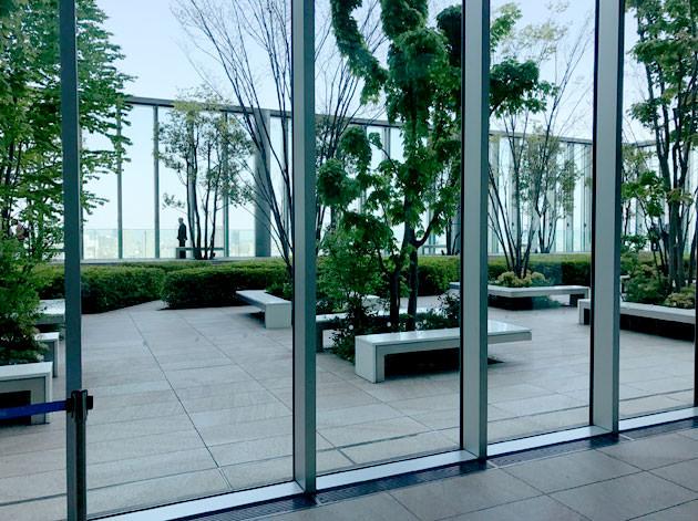 あべのハルカス 16階に無料の庭園がある
