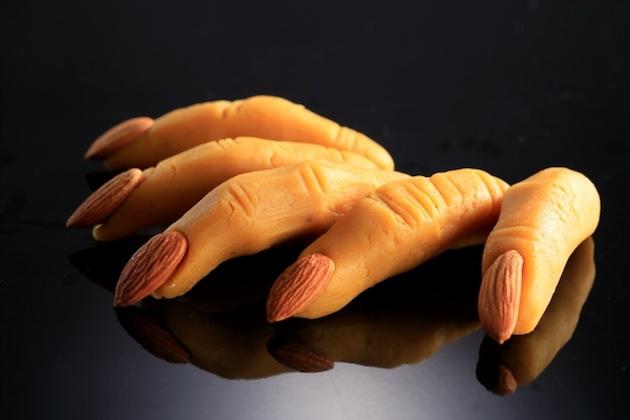 スイートポテトで出来た「魔女の指」