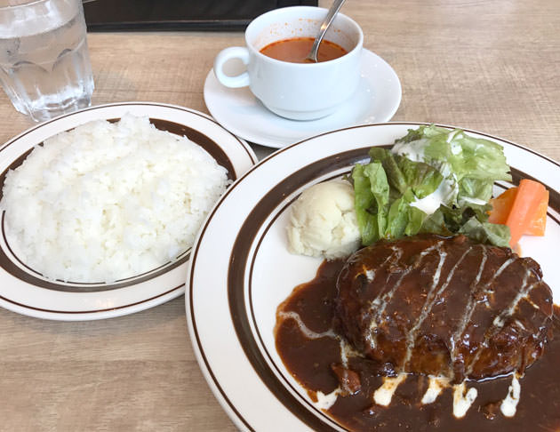 横浜ランチ:キッチン大宮みなとみらい店でハンバーグステーキランチを食べた感想