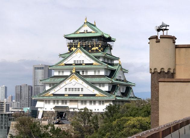 スタンダードエリアからみた大阪城 拡大画像