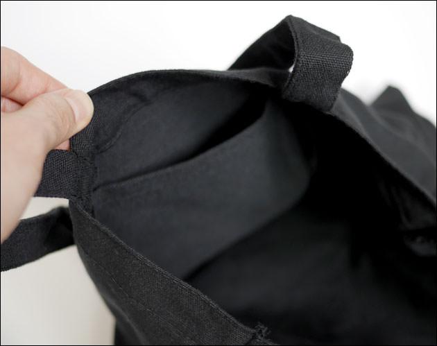 トートバッグの内ポケット