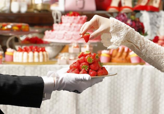 セント レジス ホテル 大阪 アスター夫人のデザートサロン「ストロベリー・ブティック」