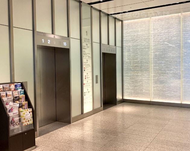 エレベーターシャトルのホール
