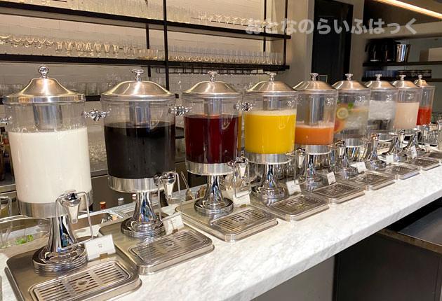 ジュース類やミルク、コーヒー