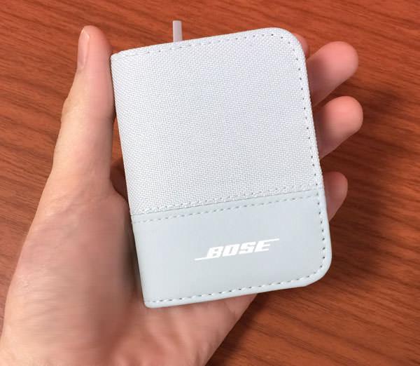 ソフトケースは小さくてかっこいい