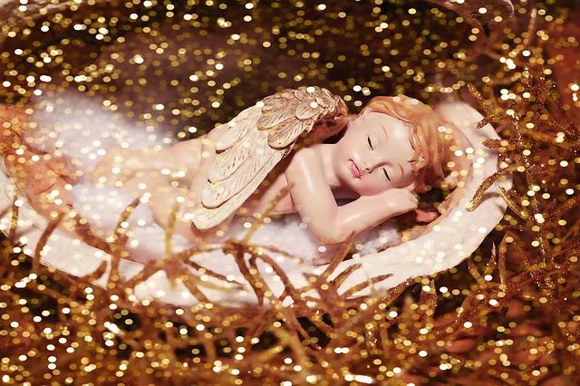 寝ている天使