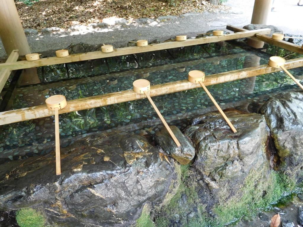 名古屋・熱田神宮の手水舎。きよらかで清々しい