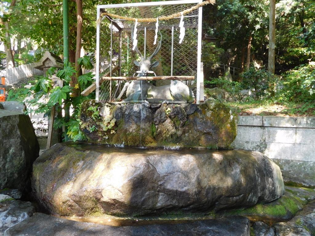 枚岡神社の手水舎