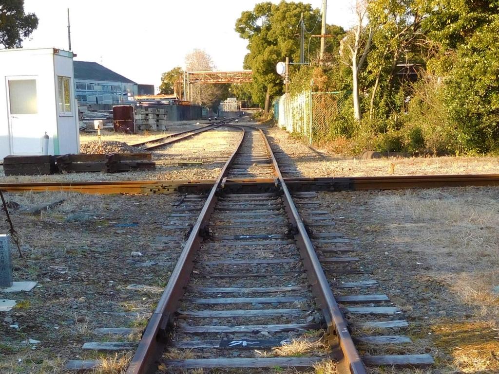 築港線ダイヤモンドクロス