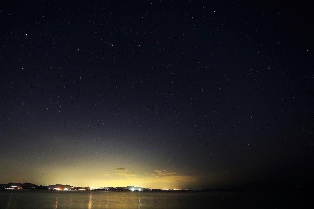 沖縄「オクマプライベートビーチ&リゾート」の夏の夜空