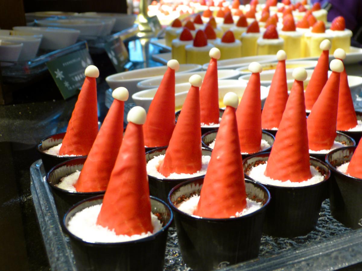 サンタクロースの赤い帽子