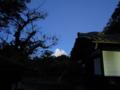 朝、空がきれいでした