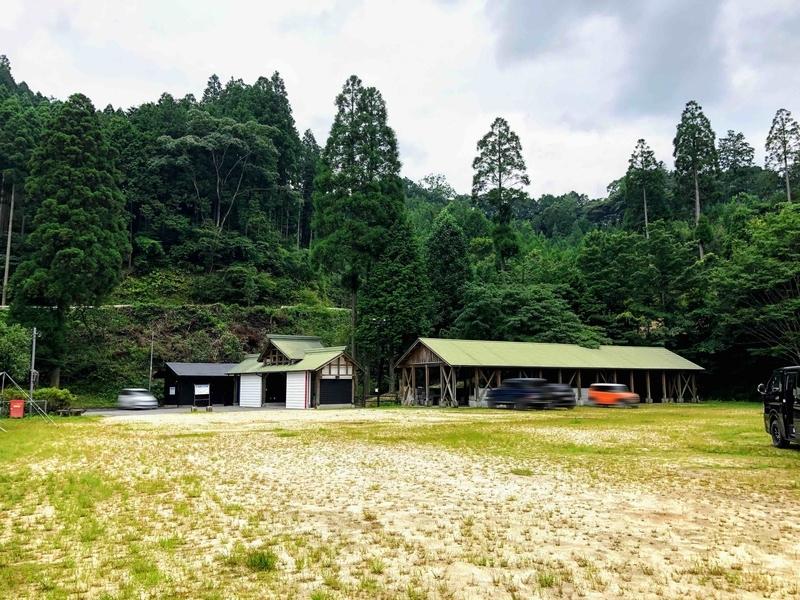 岩屋キャンプ場_キャンプサイト奥からの全景
