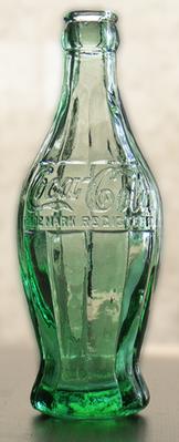 初期のコカ・コーラボトル
