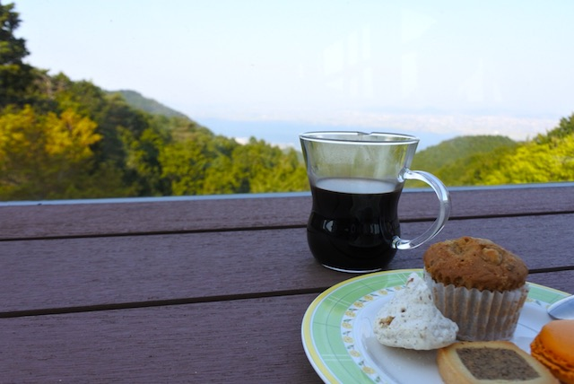 琵琶湖を眺めながらカフェ