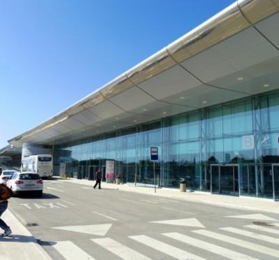 ドゥブロヴニク空港バスターミナル