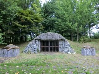 滝川東公園・洞窟写真