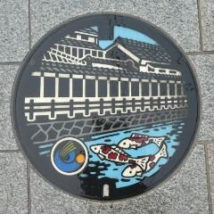 栃木市デザインマンホール写真