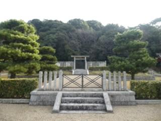 景行天皇山邊道上陵写真