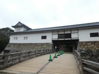 彦根城天秤櫓・廊下橋写真