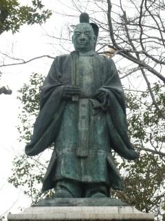 井伊直弼銅像写真