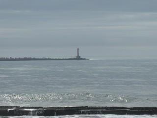 白老港島防波堤灯台写真