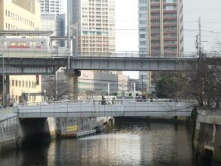 目黒川・大崎橋写真