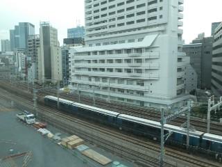 JR東日本・E261系車両写真