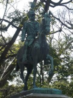 有栖川宮熾仁親王騎馬像写真