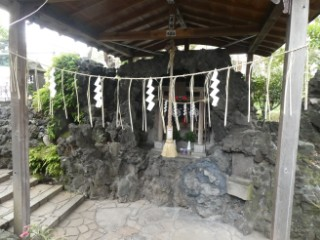 大井の水神社写真