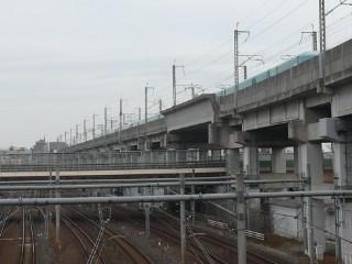 東北新幹線高架写真