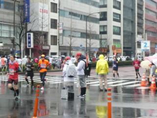 東京マラソン残り2km地点写真