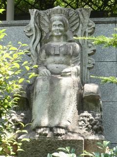 日本橋魚市場発祥の地碑写真
