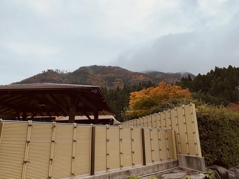 下湯原温泉ひまわり館外観