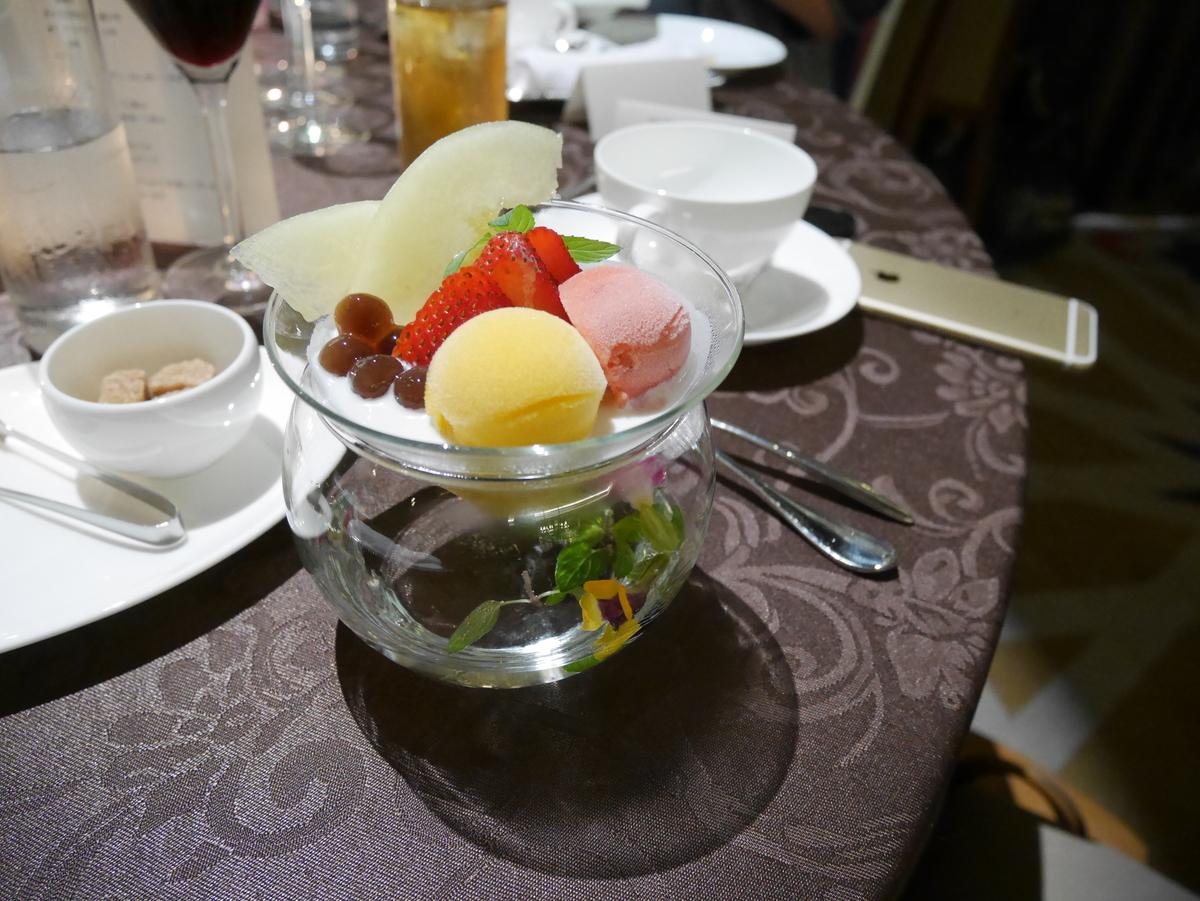 結婚式 披露宴 お料理 メニュー デザート ルーキス 東天紅 試食会    アップグレード オリエンタル トロピカルパフェ