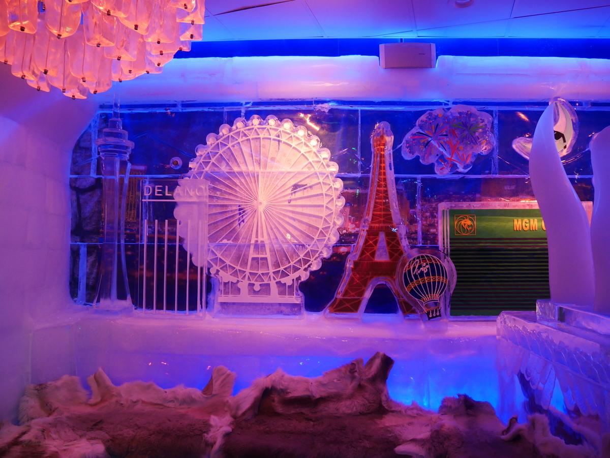 アメリカ ラスベガス ホテル マンダレンベイ バー minus5º Ice Experience マイナス5・アイスエクスペリエンス 店内