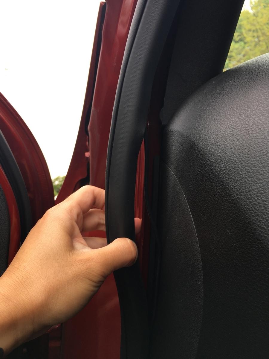 ドライブレコーダー 配線 写真
