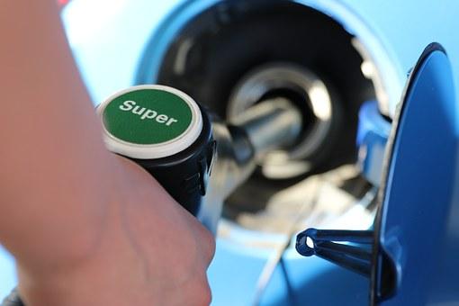 ガソリンスタンド 画像