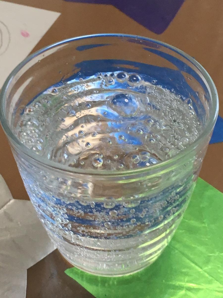 炭酸水 写真
