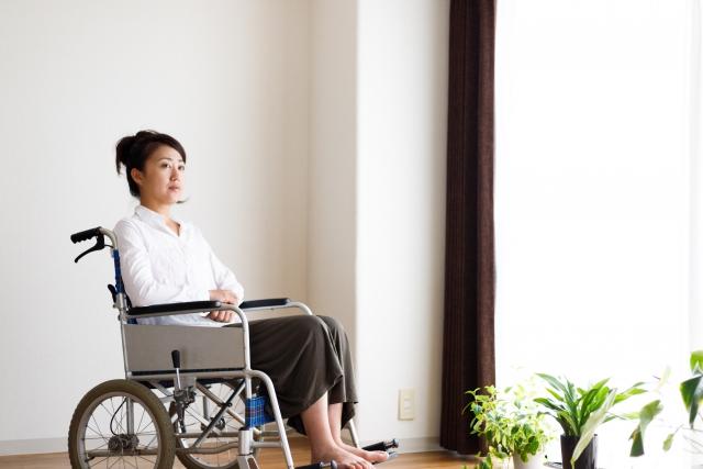 車椅子の障害者