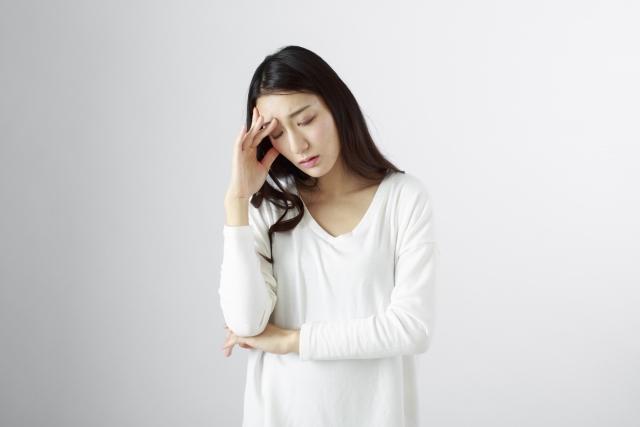 発達障害のカミングアウトを悩む女性