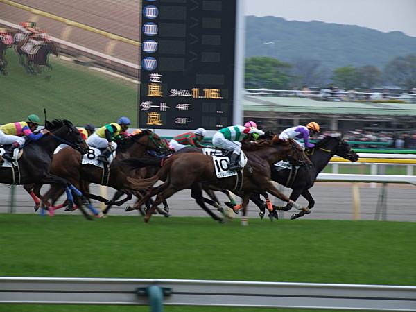 東京9R トップ集団