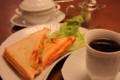 [カフェ]北野十番館 ホットサンドセット マイセンのカップ