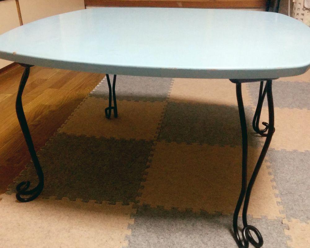 ニトリで買った小テーブル