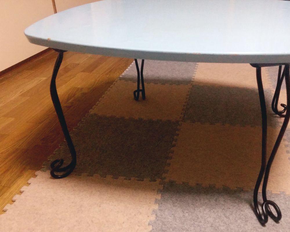 猫足テーブル