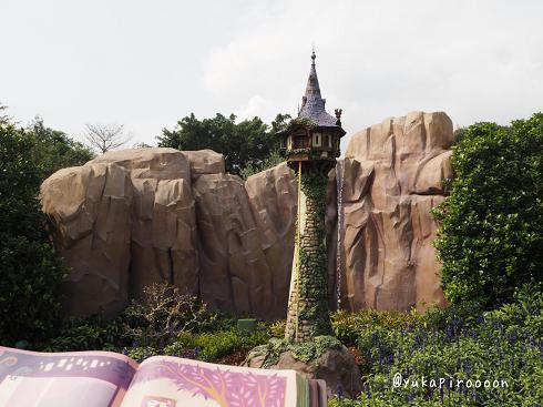 Fairy tale forest(フェアリーテール・フォレスト)塔の上のラプンツェルの塔
